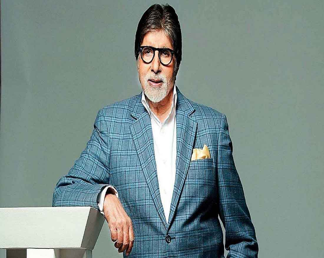 """Back Home"": Amitabh Bachchan discharged from hospital after testing negative for Covid-19"